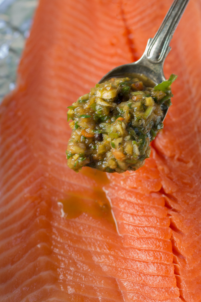 how to know when salmon is done cooking