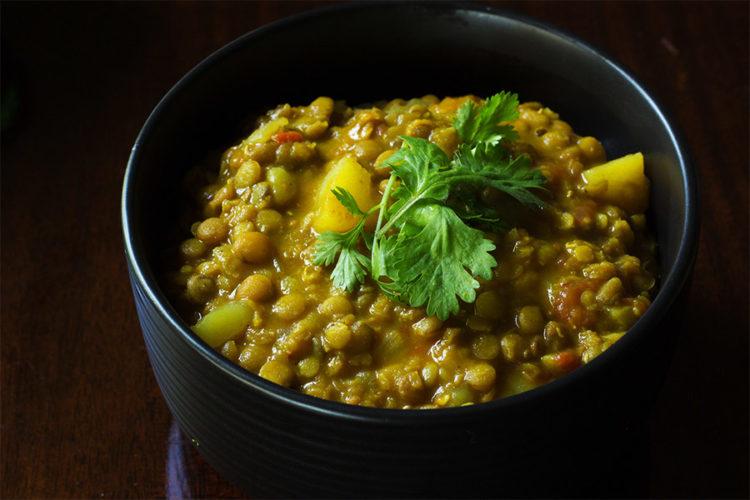 Crock-pot Lentil Curry