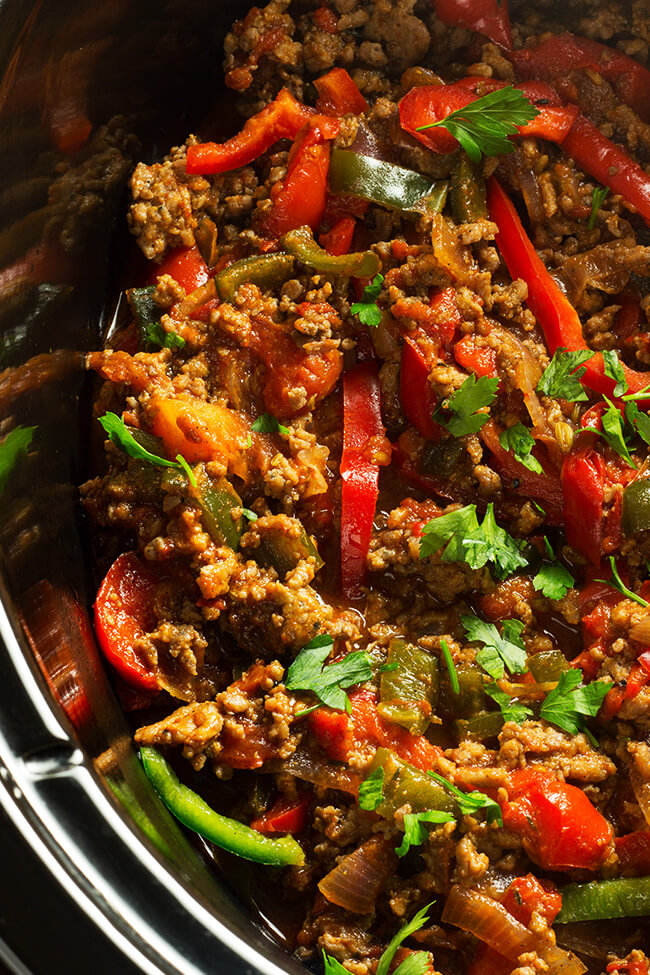 This easy recipe is a quick and delicious Tex-Mex fajita dish that makes it easy to use up some ground turkey year round!