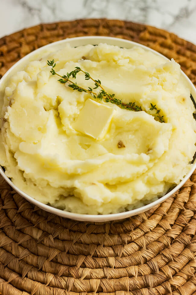These creamy mashed potatoes are shockingly good and easy to make! Let's get into the secret to the best Extra Creamy Butter Mashed Potatoes recipe with a twist.